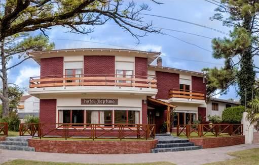 Hotel Neptuno en Villa Gesell Buenos Aires Argentina